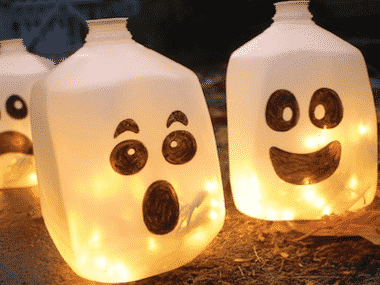 SPOONFUL.COM & 19 Easy Homemade Halloween Decoration Ideas - Halloween Land