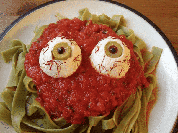 Frighten Your Friends with these 20 Easy, Insane Halloween Recipes!